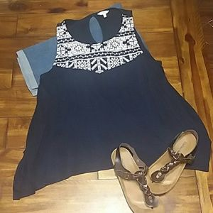 Crown and Ivy XL Sleeveless Blouse/ Tank Top